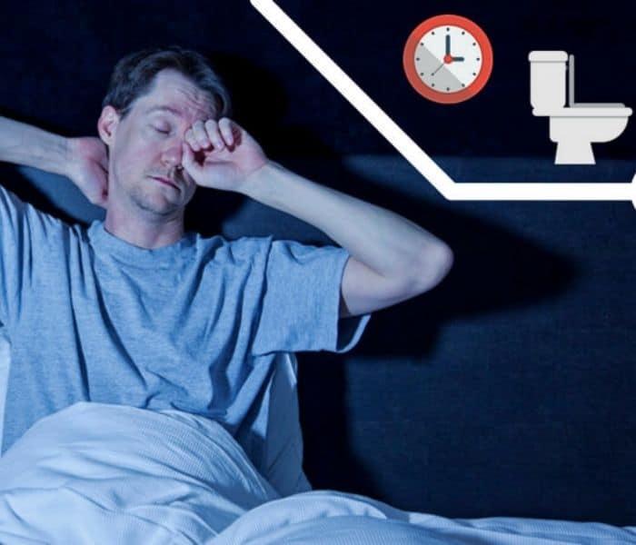 Tiểu đêm khiến người bệnh mất ngủ, tinh thần mệt mỏi