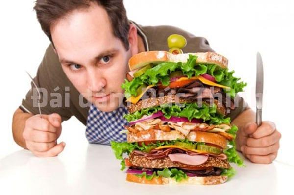 Tiểu buốt, Tiểu buốt tiểu rắt, Tiểu buốt ở nam giới, Hiện tượng đi tiểu buốt ở nam giới, ăn uống không phù hợp