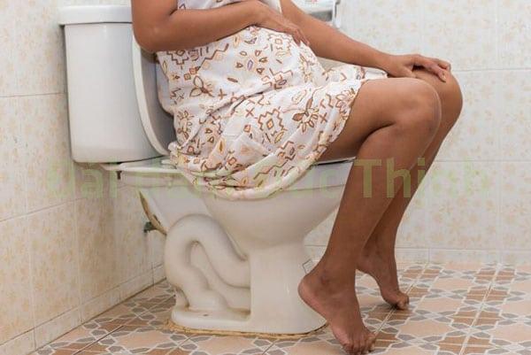 Tiểu buốt, Bệnh tiểu buốt, Tiểu buốt tiểu rắt, Bị tiểu buốt tiểu rắt khi mang thai, Tiểu buốt tiểu rắt ở phụ nữ, Nguyên nhân tiểu buốt tiểu rắt, Điều trị tiểu buốt tiểu rắt, Triệu chứng tiểu buốt tiểu rắt, bà bầu đi tiểu buốt và nhiều lần