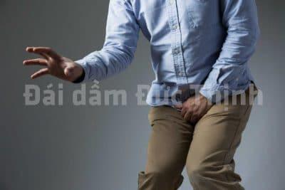 chữa bệnh đái dầm ở người lớn