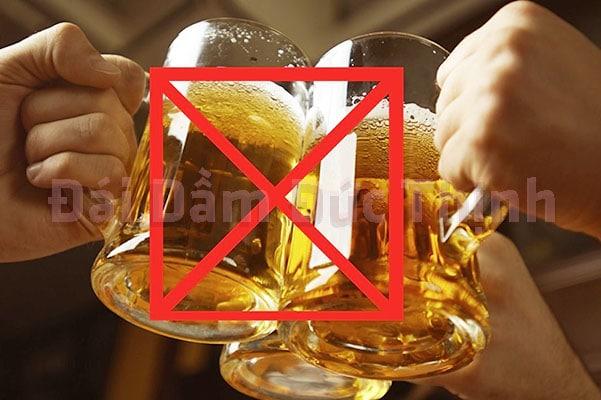 Uống rượu bia, Tiểu nhiều, Tiểu nhiều lần, Bệnh tiểu nhiều, Bệnh tiểu nhiều lần, Tiểu nhiều lần trong ngày là bệnh gì, Cách chữa bệnh tiểu nhiều lần, Nguyên nhân tiểu nhiều lần, Tiểu nhiều lần là bệnh gì
