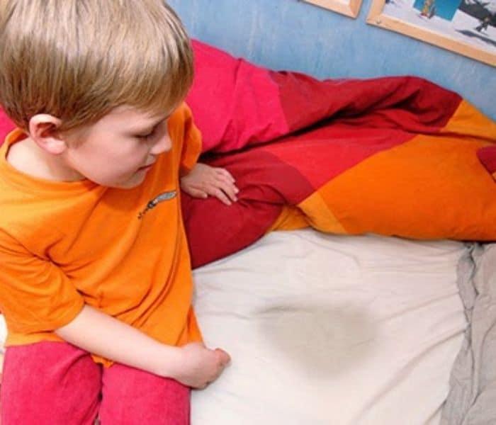 Cách chữa đái dầm cho trẻ 5 tuổi