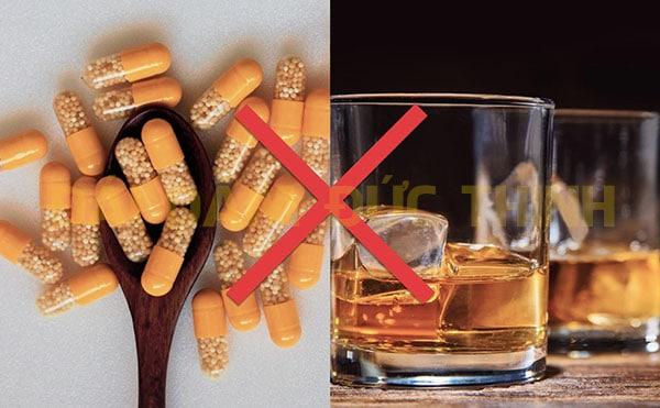 điều trị tiểu buốt ở nam giới, cách chữa trị tiểu buốt ở nam giới, Điều trị tiểu buốt ở nam giới có khó không