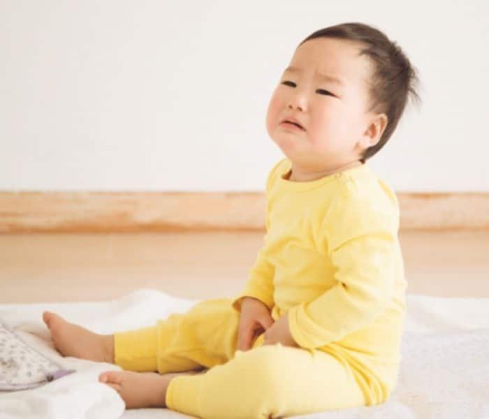 bé tiểu ít tại sao bé ít đi tiểu; bé đái ít; bé bí tiểu; bé không tiểu được; bé không đi tiểu được phải làm sao; bé ít đi tiểu; mùa hè bé ít đi tiểu; bé tiểu ít phải làm sao; bé đi tiểu ít lần trong ngày