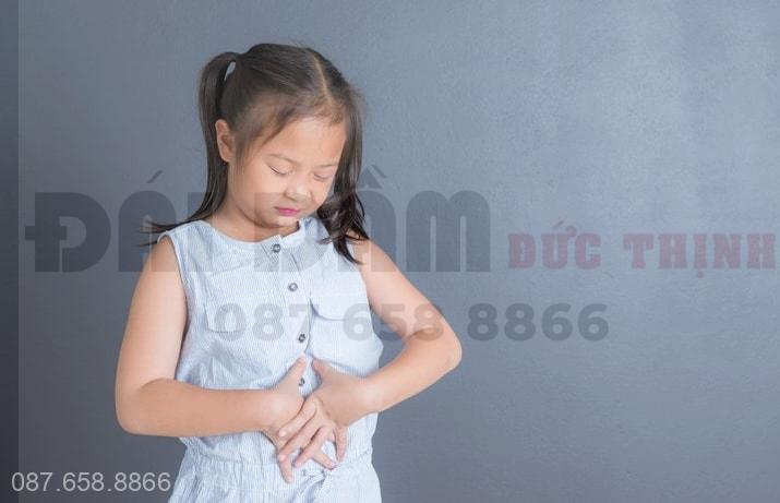 Nguyên nhân khiến trẻ bị tiểu ít, khó tiểu, bí tiểu
