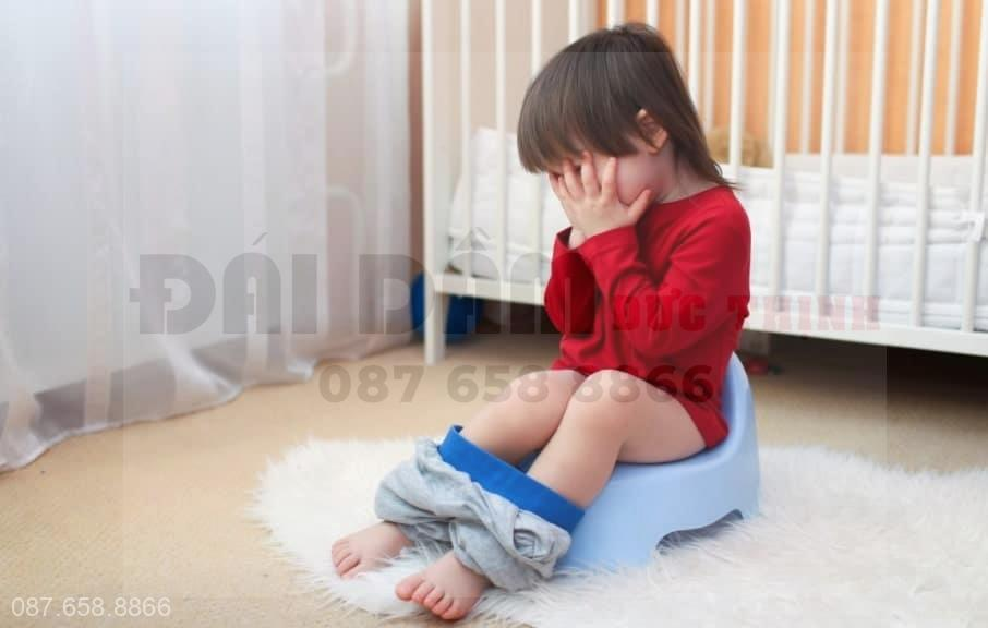 trẻ sơ sinh rặn khi đi tiểu, trẻ sơ sinh đi tiểu hay rặn, trẻ sơ sinh đi tiểu mà rặn có sao không, trẻ rặn khi đi tiểu, be gái rặn khi đi tiểu, be trai 1 tháng tuổi rặn khi đi tiểu, bé rặn khi đi tiểu, be trai đi tiểu phải rặn, trẻ 6 tháng đi tiểu phải rặn, bé trai đi tiểu phải rặn, trẻ sơ sinh đi tiểu hay rặn và khóc, trẻ sơ sinh tiểu rặn