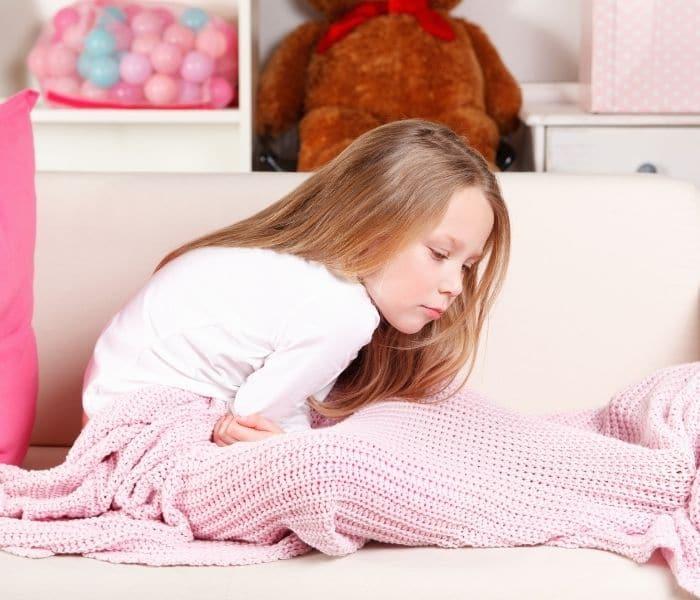 Các bộ phận trong hệ tiết niệu của trẻ bị vi khuẩn xâm nhập gây nhiễm trùng