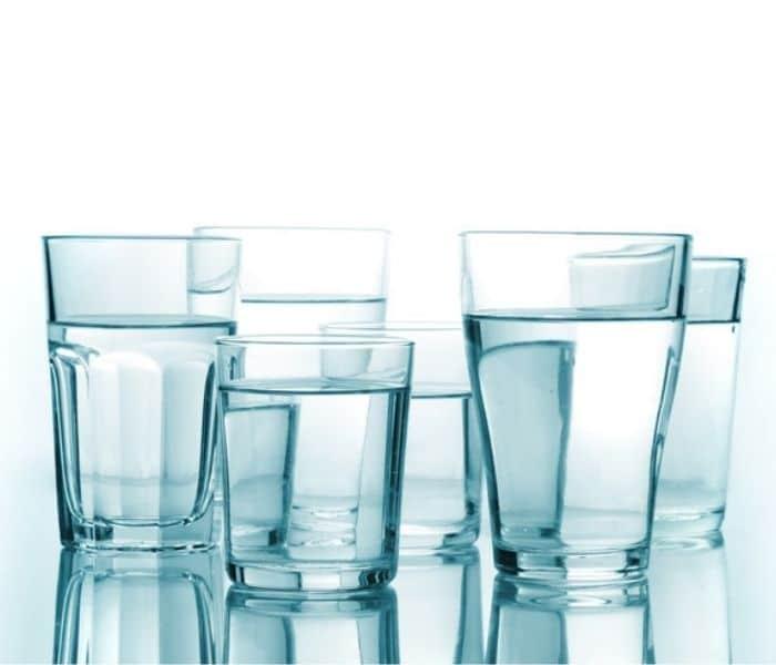 Mức độ đái tháo nhạt trung ương nhẹ, bạn chỉ cần kiểm soát lượng nước uống mỗi ngày