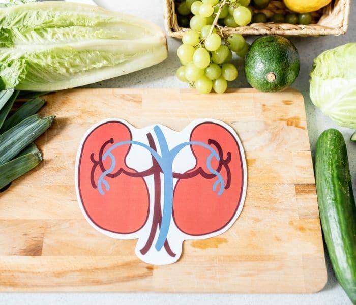 Chế độ dinh dưỡng đóng vai trò lớn giúp cho thận của trẻ khỏe mạnh