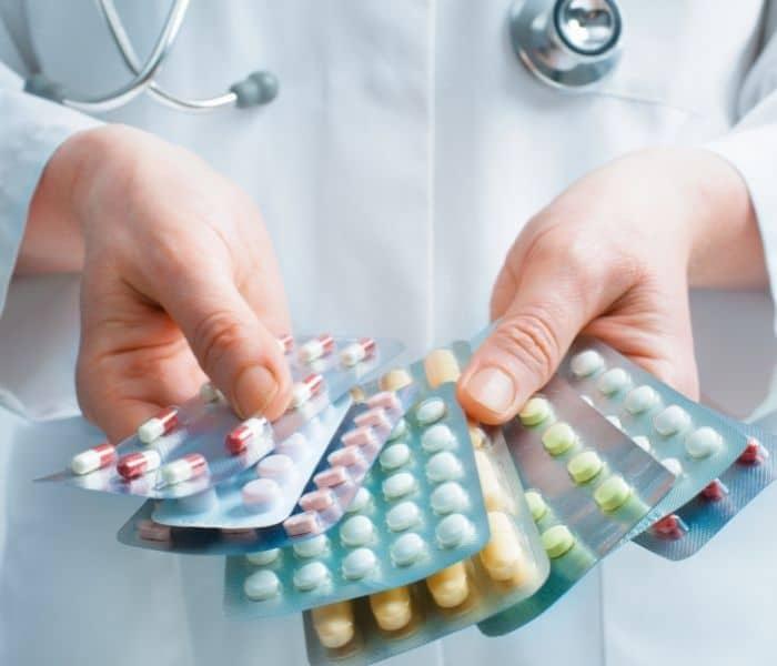 Thuốc Tây y điều trị buồn tiểu nhưng không đi được có tác dụng nhanh chóng nhưng không trị tận gốc