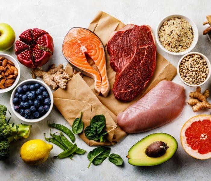 Chế độ ăn lành mạnh, đủ chất, tăng cường chất xơ phòng tránh táo bón và cải thiện bí tiểu
