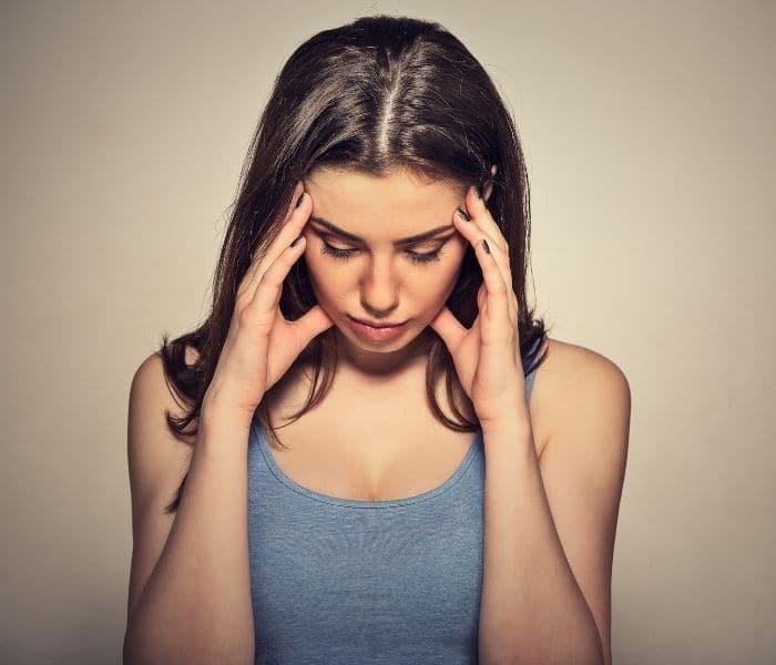 Chứng bệnh tiểu ngắt quãng khiến người bệnh cảm thấy mệt mỏi, lo lắng, căng thẳng, mất ăn mất ngủ